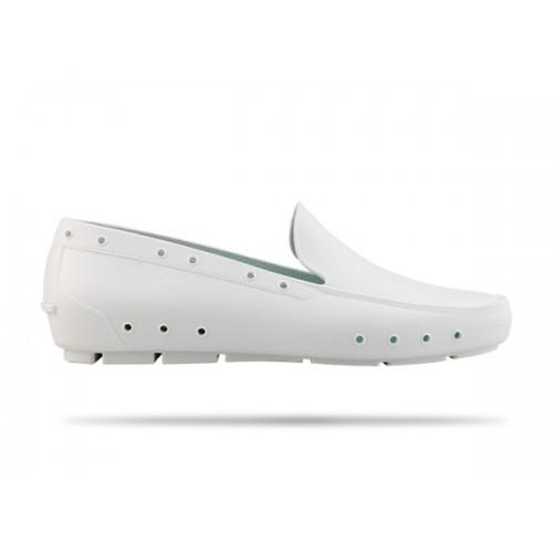 LAST CHANCE: size 42 Wock Mok White